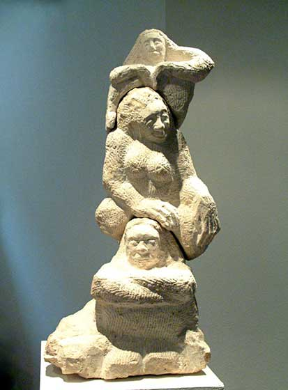 2004 women, three-part (sandstone)